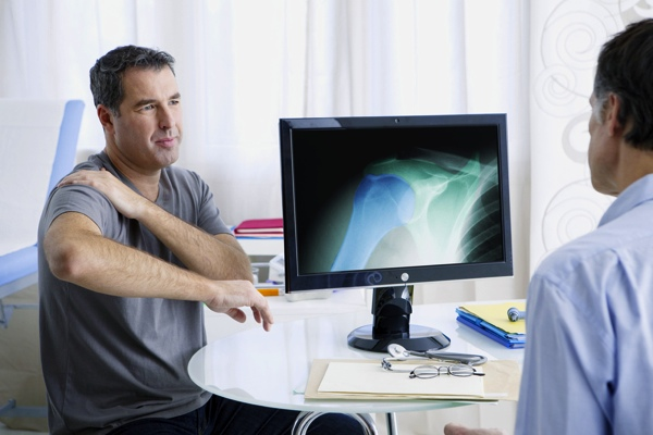 4 ways to accelerate healing during shoulder surgery recovery 1 resized 600