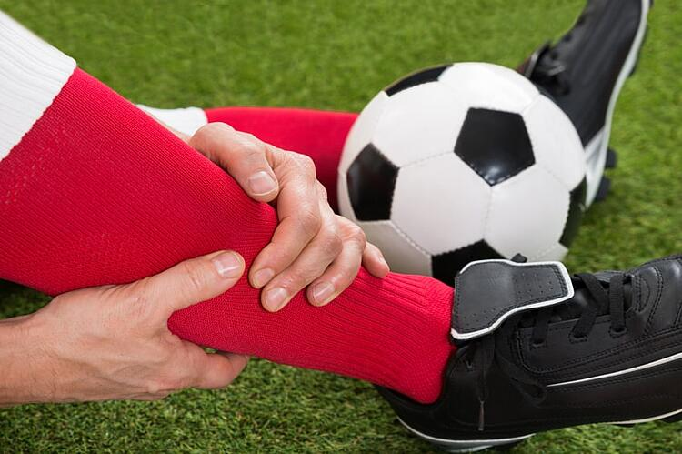 Why_Athletes_Turn_to_Pneumatic_Compression_Devices_for_Sports_Injuries.jpg