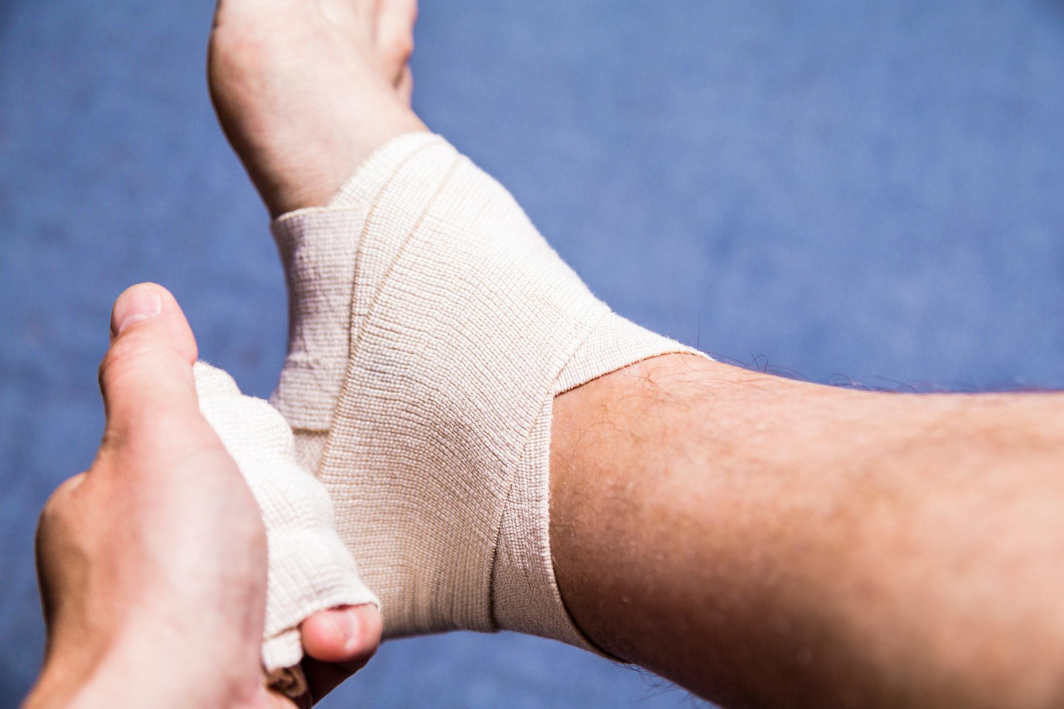 ankle sports injury bandage compress