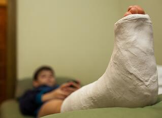 4_Ways_to_Accelerate_Recovery_after_Ankle_Surgery.jpg