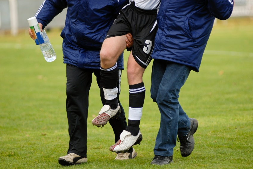5_Common_Sports_Injuries__Tips_for_Getting_Back_in_the_Game_Faster.jpg